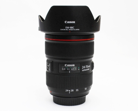 Canon EF 24-70mm f/2.8L mark II USM