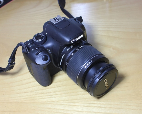 Canon EOS KIss X4 / 550D kit 18-55mm IS
