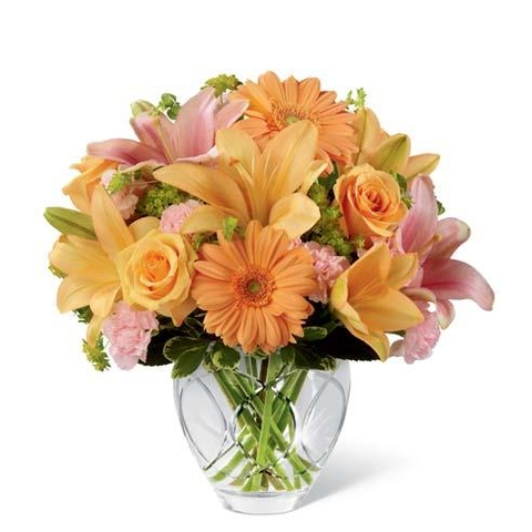 Lovin' Peach Flowers Bouquet - SF107