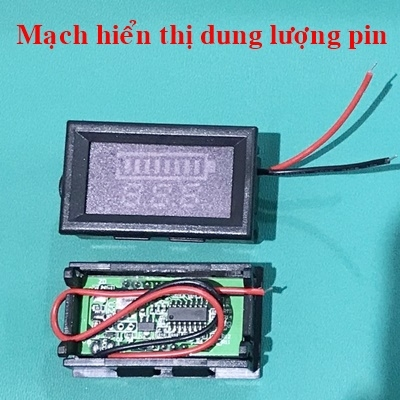 Displays battery capacity 12.6V 3S