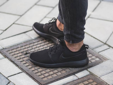 Giày Nike Roshe Two All Black NKM801