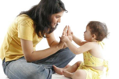 Cách kỷ luật bé phù hợp theo từng độ tuổi (0-2 tuổi) - Hãy luôn là tấm gương sáng cho con cái noi theo