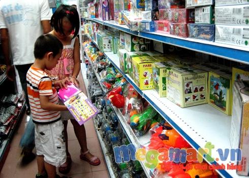 Tác hại của đồ chơi Trung Quốc rất nguy hiểm chính là lời cảnh tỉnh cho cha mẹ