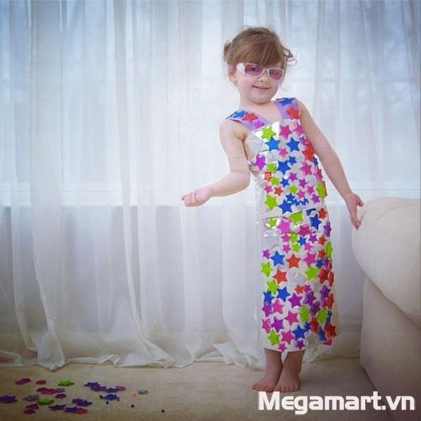 Ở tuổi này, bé bắt đầu thể hiện sở thích,tính cách và có thể tự lập 50%