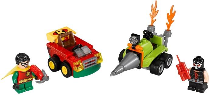 Hai nhân vật Robin và Bane cũng xe chiến đấu