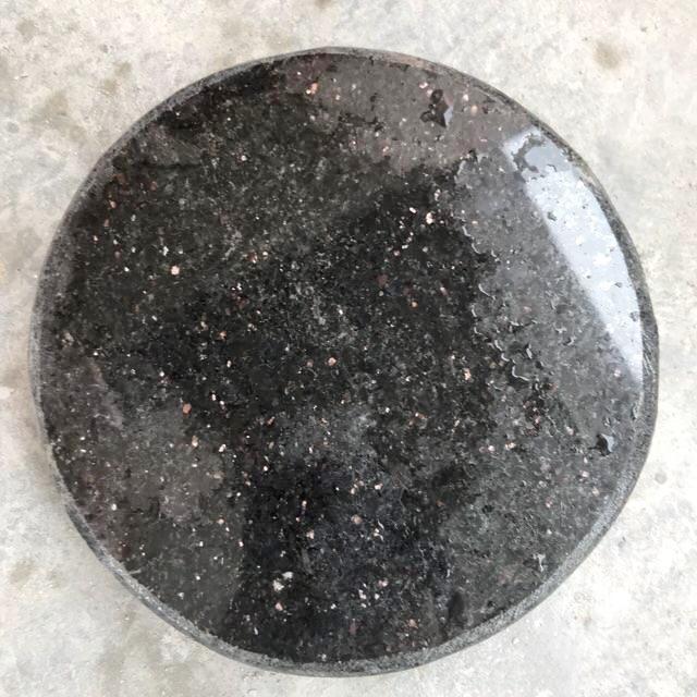 Nắp che ống hút đáy đường kính 20-30cm bằng đá hoa cương cho hồ cá Koi