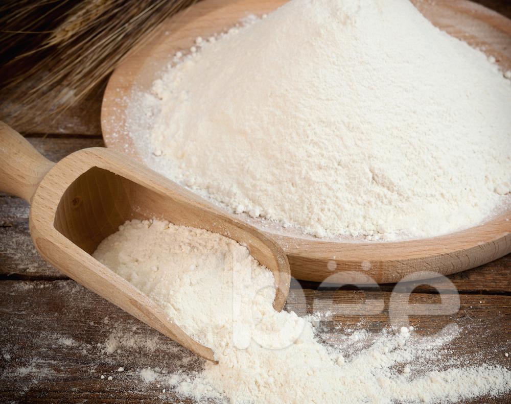 Bột mì - làm bánh trung thu  cách chọn nguyên liệu làm bánh trung thu Mách bạn cách chọn nguyên liệu làm bánh trung thu an toàn bot mi