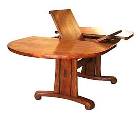 Chiếc bàn ăn biến hóa nhờ ray trượt cánh bướm