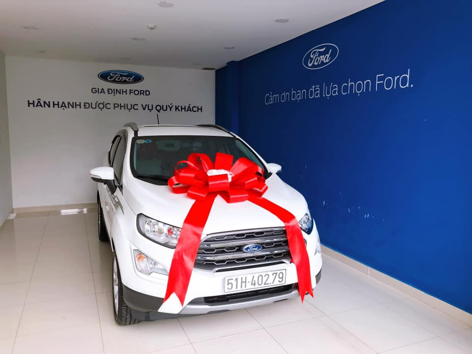 giao xe ford ecosport 1