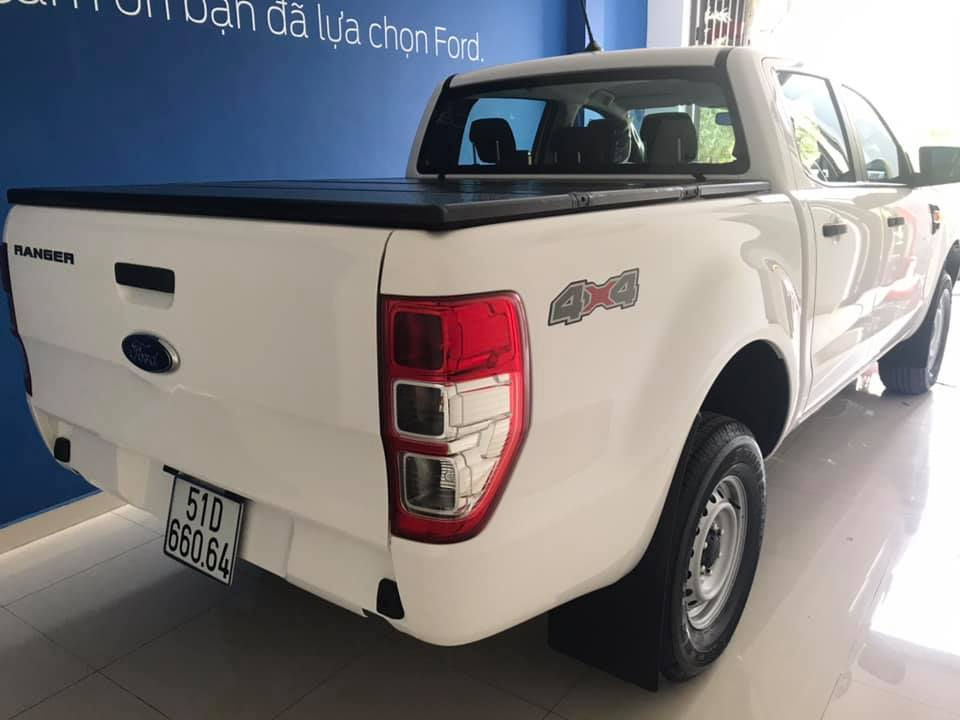 giao xe ford ranger xl 4x4 mt