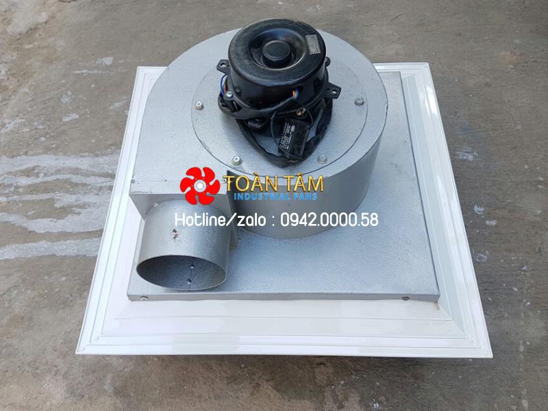 Quạt thông gió có nối ống gắn trần nhà deton AT600-2