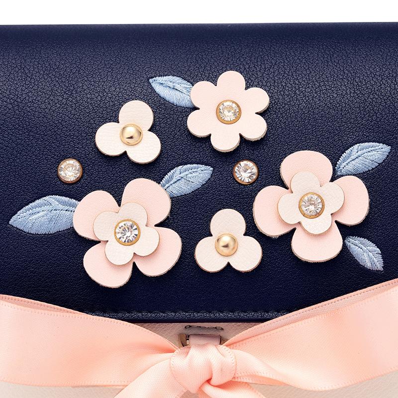 Túi Just Star hộp đính hoa nơ - JS50