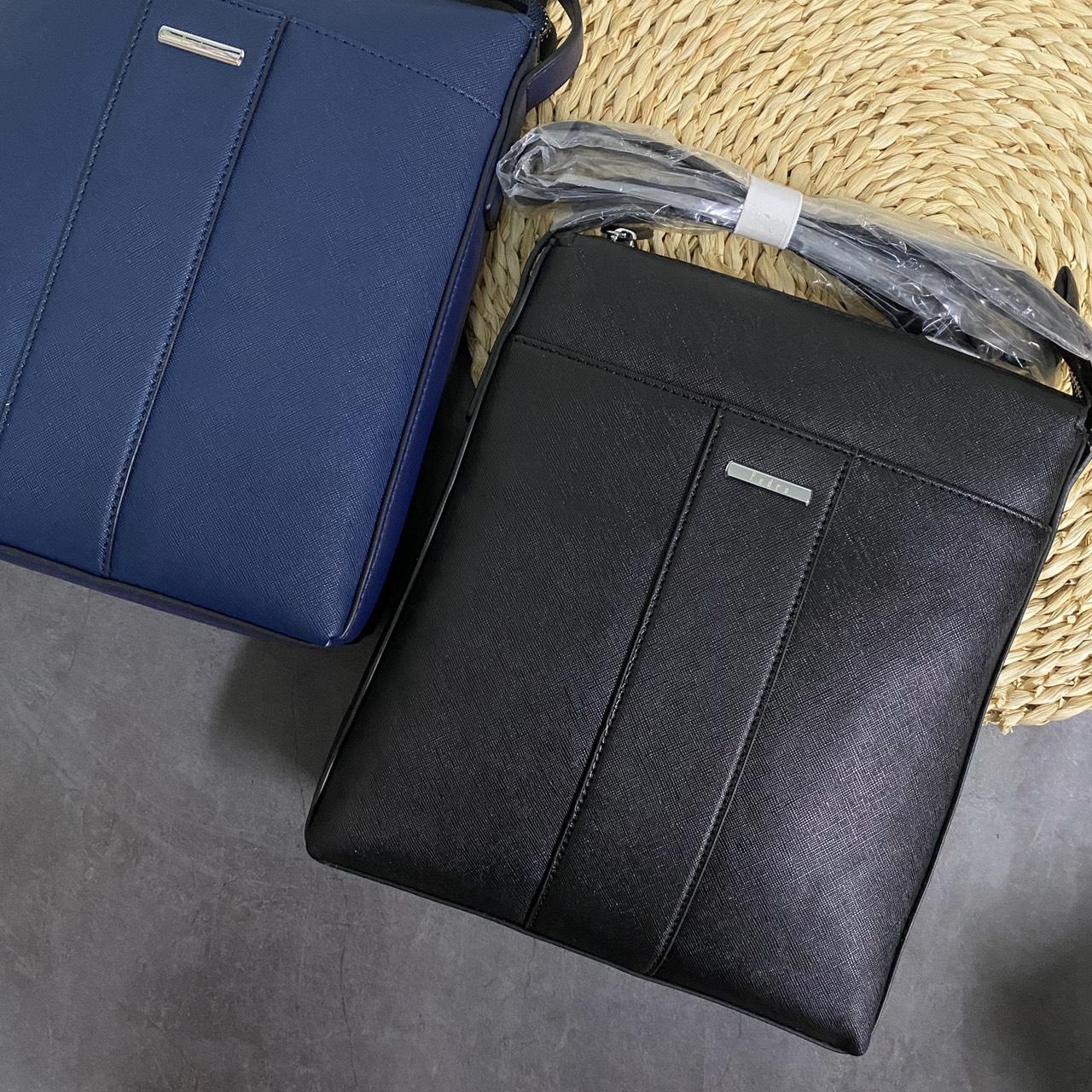 Túi Pedro vuông logo bo góc- PM01