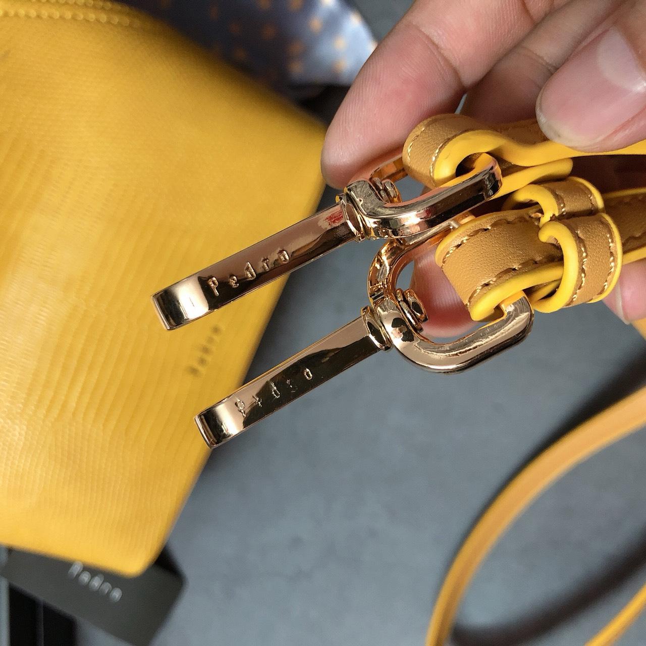 Túi Pedro vân rắn bầu quấn khăn - PW17