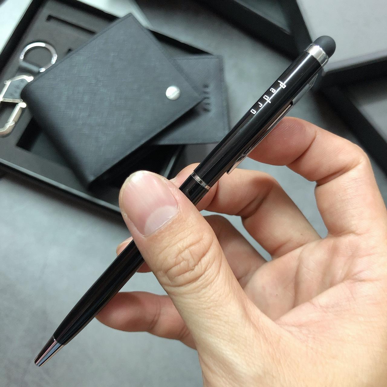 Set bút Pedro ví gân logo tròn + keychain - SP11