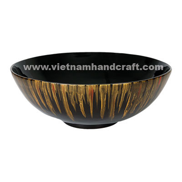 Black lacquered decor bowl with hand-painted motifs outside