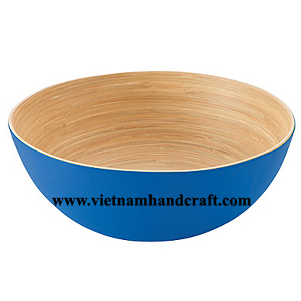 Lacquered bamboo decor bowl. Inside in natural bamboo, outside in blue