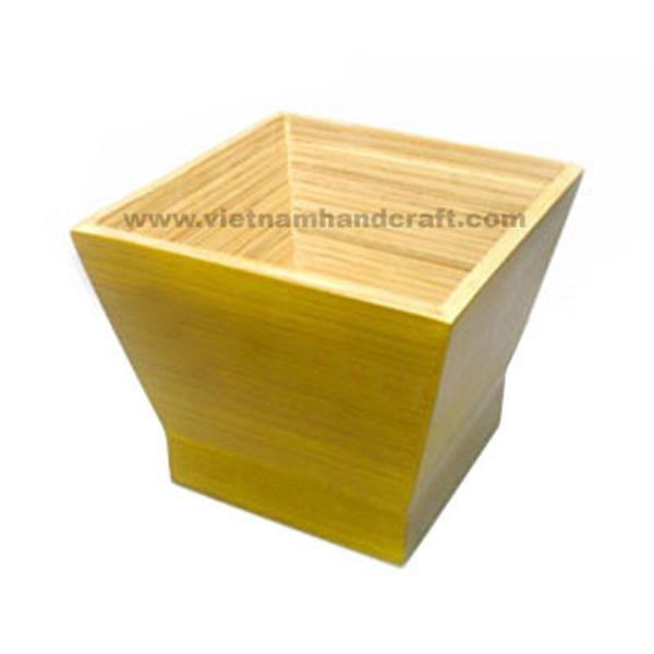 Handmade bamboo cracker bowl