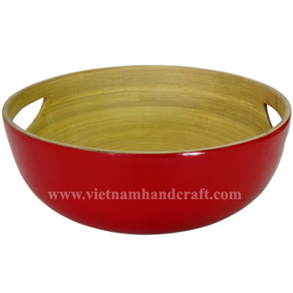 Lacquered bamboo food bowl with handles. Inside in natural bamboo, outside in solid red