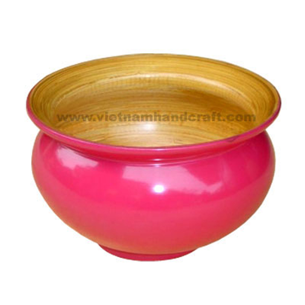 Lacquer bamboo flower pot. Inside in natural bamboo, outside in solid pink