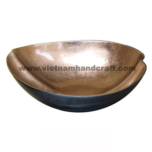 Lacquered bowl. Inside in light gold silver leaf, outside in black