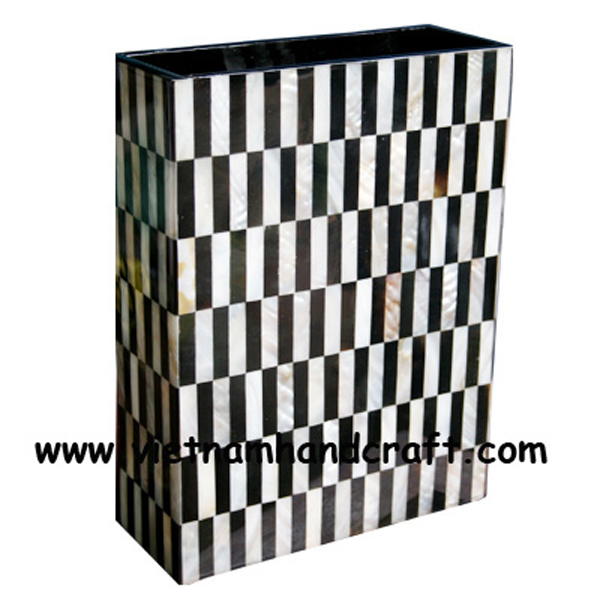 Lacquered wood vase inlaid with black buffalo horn & white mother of pearl