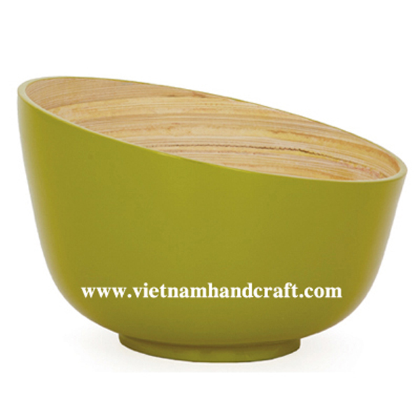 Lacquered bamboo bowl. Inside in natural bamboo, outside in yellow
