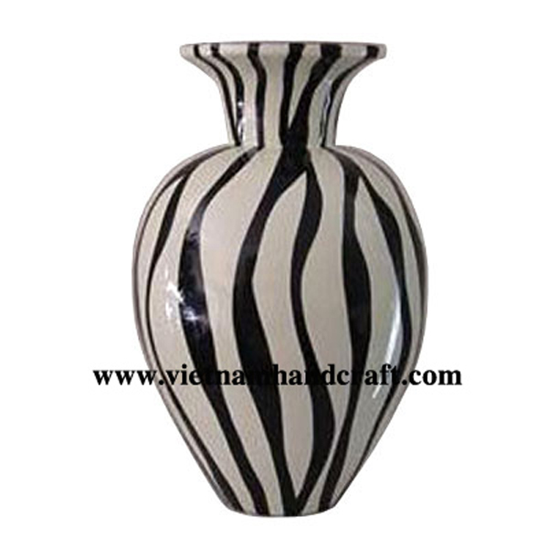 Black lacquer decorative vase with solid white stripes