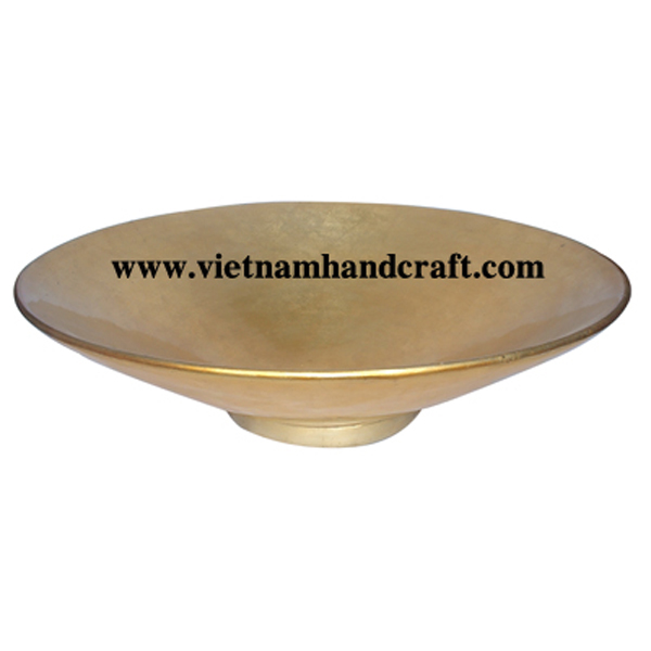 Lacquer bowl. Both sides in gold silver leaf