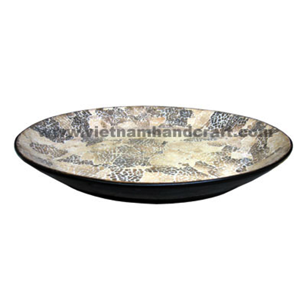 Black lacquered wood decorative tray with eggshell inlay