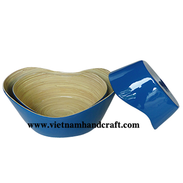 Lacquered bamboo food bowl. Inside in natural, outside in solid blue