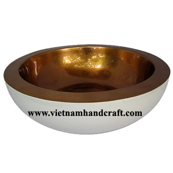 Decorative lacquerware bowl. Inside in silver metallic bronze, outside in solid white