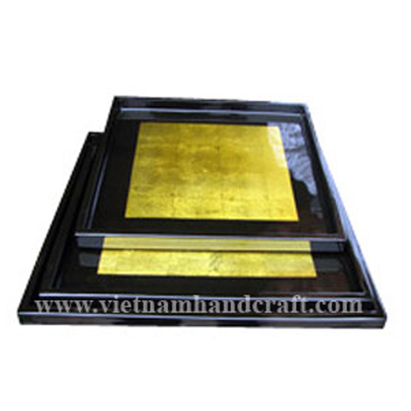 Lacquered wood bathroom tray in black & gold leaf
