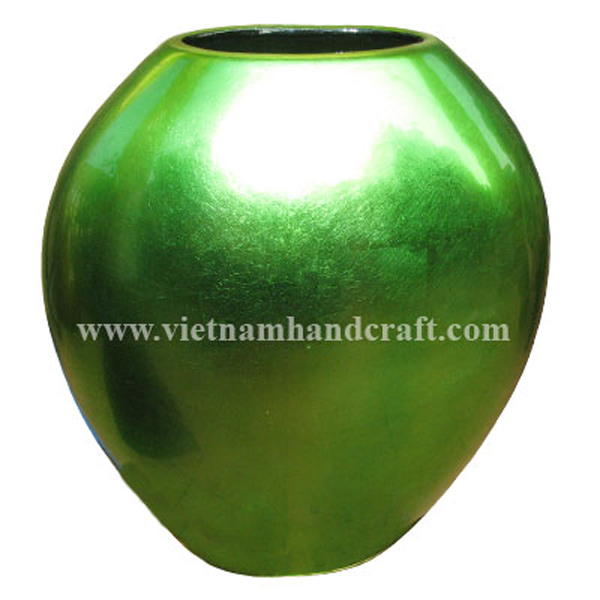 Mango-shaped lacquer ceramic vase in silver metallic green