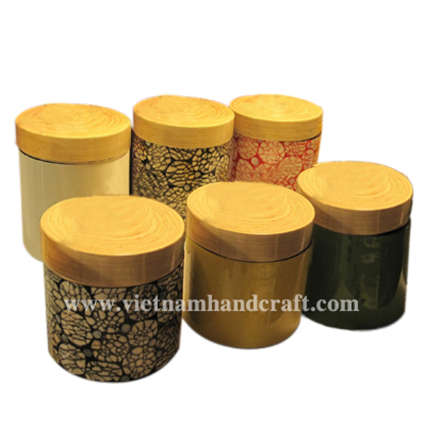 Set of 6 lacquer bamboo tea containers. 3 in solid color, the other 3 with eggshell inlay. All with natural bamboo lid