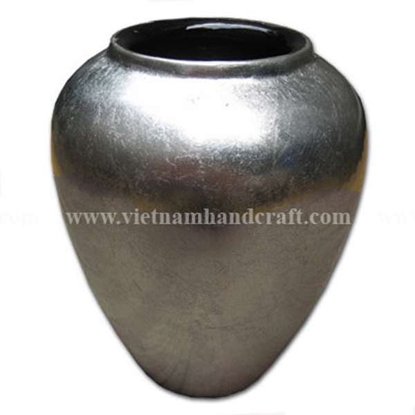 Lacquer bamboo vase in white silver leaf
