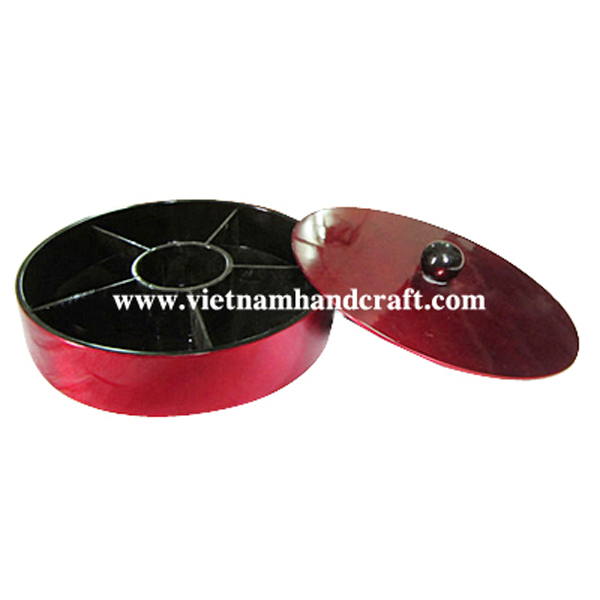 Black & red silver chip & dip box with 6 compartments