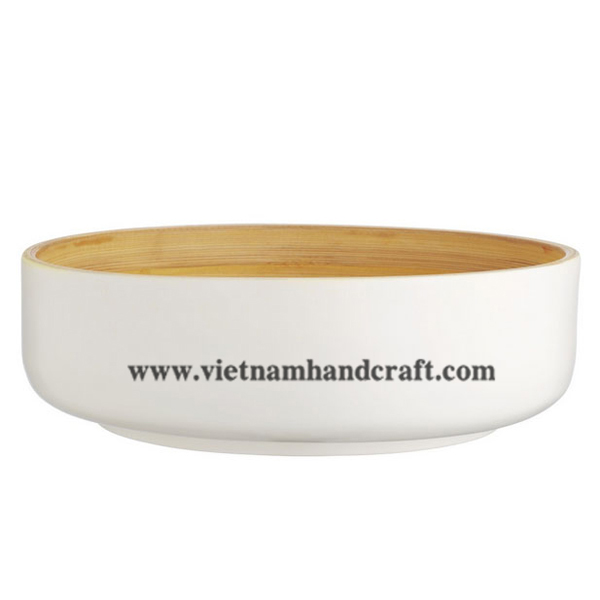 Lacquered bamboo decor bowl. Inside in natural bamboo, outside in solid white