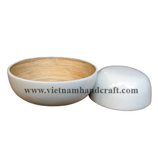 Lacquer bamboo cereal bowl. Inside in natural bamboo, outside in solid white