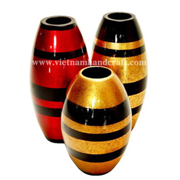 Set of 3 lacquered vases in gold & red silver with black stripes
