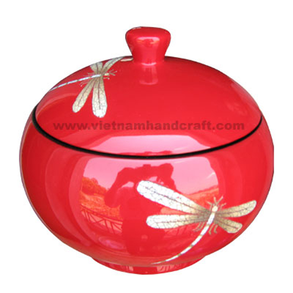 Lacquered wood candy jar inlaid with eggshell dragonflies