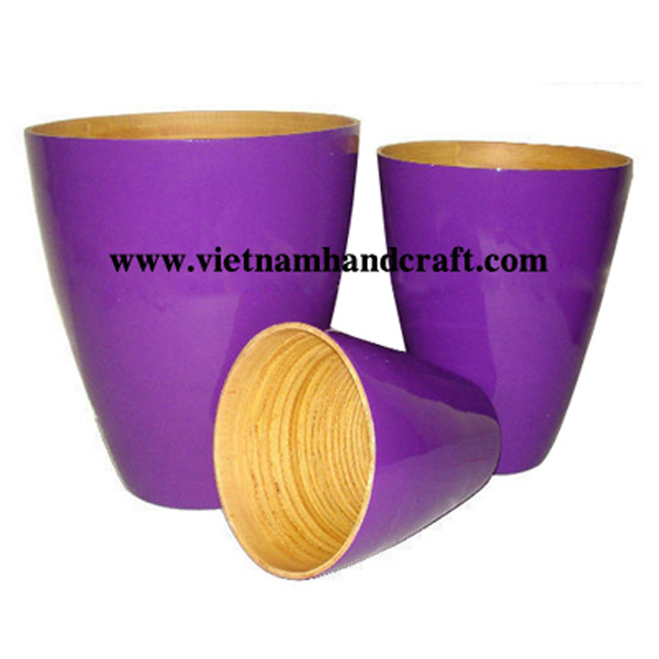 Set of 3 lacquer bamboo flower pots. Inside in natural bamboo, outside in solid purple