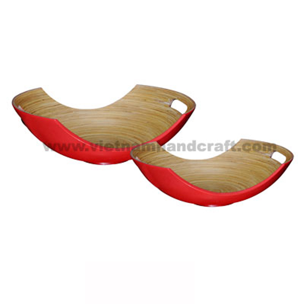 Lacquer bamboo serving bowl. Inside in natural bamboo, outside in red