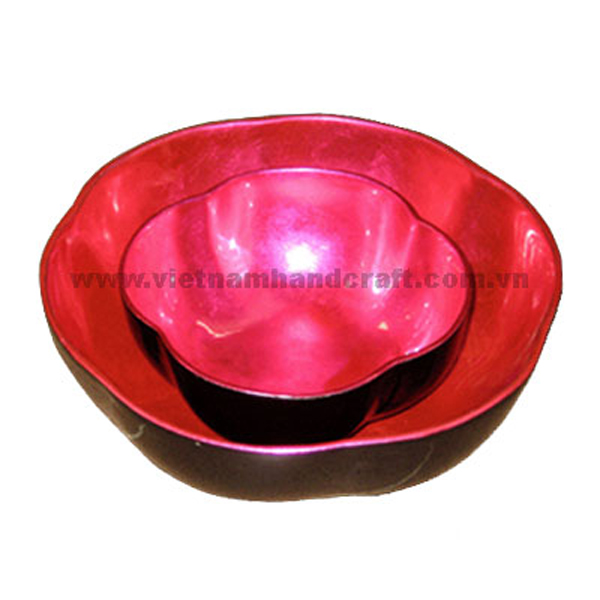 Flower shaped lacquered decor bowl in black & silver metallic pink