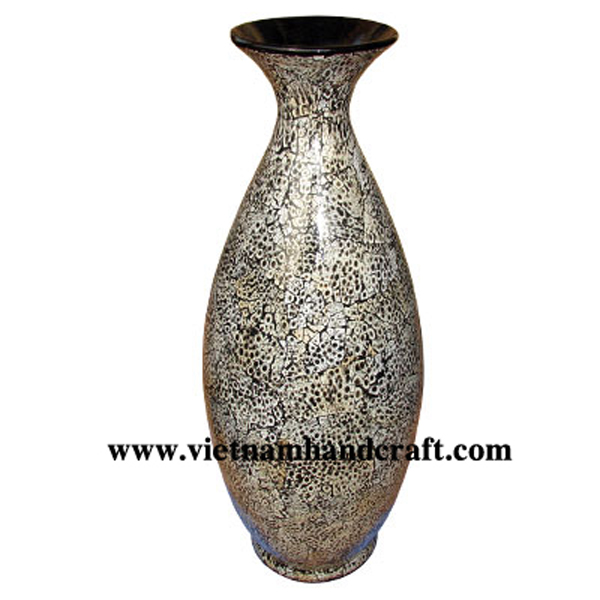 Black lacquered ceramic vase with eggshell inlay