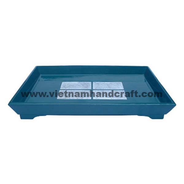 Blue lacquered wood storage tray inlaid with white eggshell inside