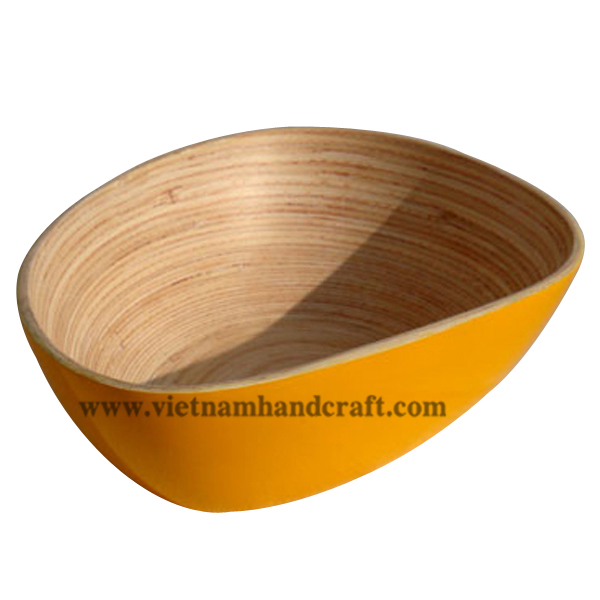 Mango-shaped lacquered bamboo snack bowl. Inside in natural bamboo, outside in yellow