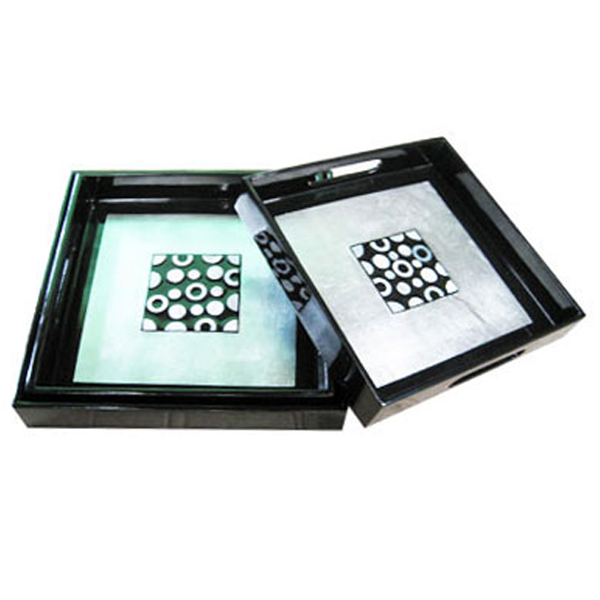 Set of 3 lacquered fruit tray in black & white silver leaf with mother of pearl inlay