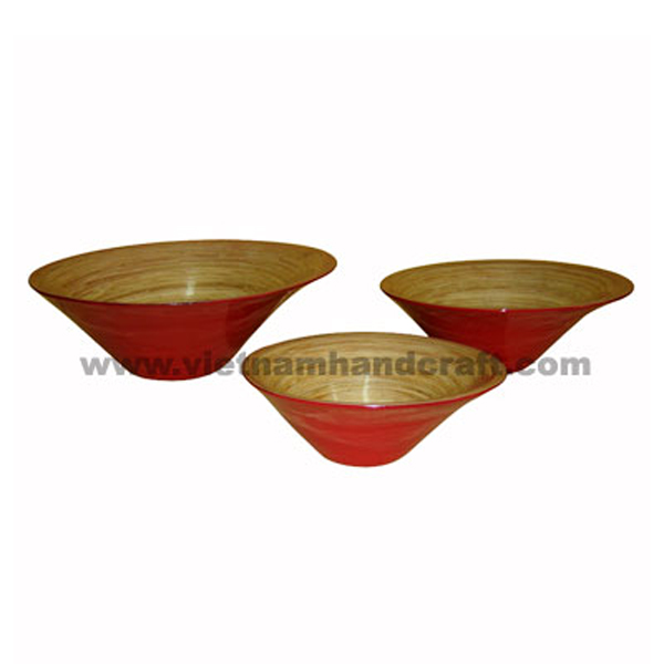 Lacquered bamboo decor bowl. Inside in natural bamboo, outside in solid red