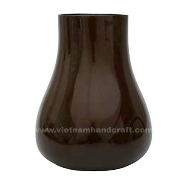 Lacquered flower vase in dark brown